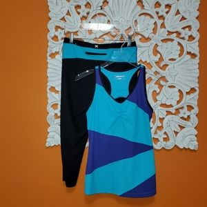Xersion Crops  & Tank 2 Piece Set Size Medium